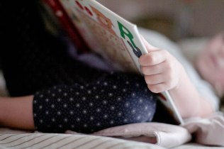 public-domain-images-free-stock-photos-little-girl-child-reading-book-bedtime-nap-1