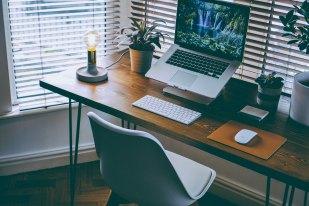 unsplash-desk4